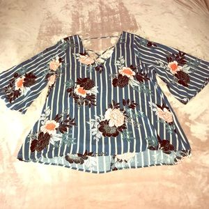 LE LIS • floral criss cross blouse